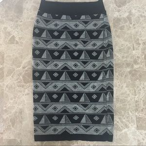 Love Culture Graphic Pencil skirt